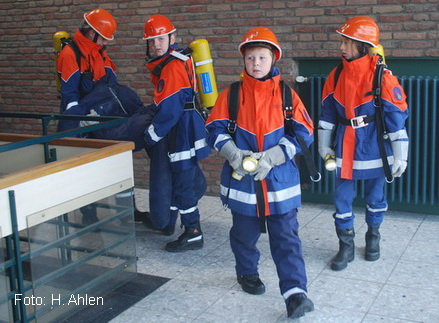 Feuerw-Jugend-2016-10-a