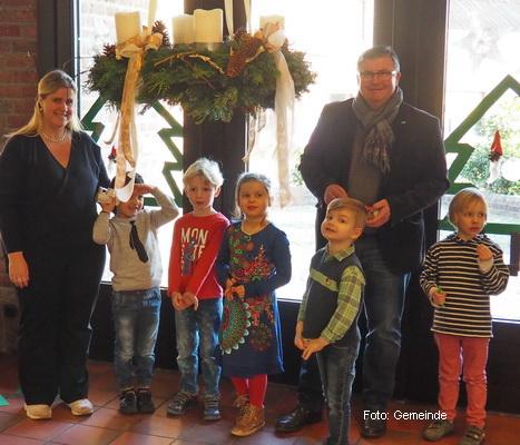 Gemeinde-2016-12-AdventsschmuckKiTa